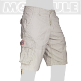 39.- € short model in cream. 4 of the 6 pockets have flaps with bottons. You can store and carry lots of stuff ...