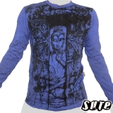 16,29 € Japanese Buddha meditating in a temple with a wooden gate ... Impalpable beautiful Buddha print on a blue 100% cotton longsleeve shirt.