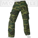 45.- € Molecule Modell 50005 in Woodland Camouflage. 4 der 8 Taschen sind mit Laschen und eisernen Knöpfen versehen...